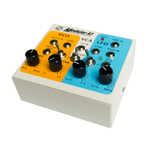 Voltage Controlled Synth 9V